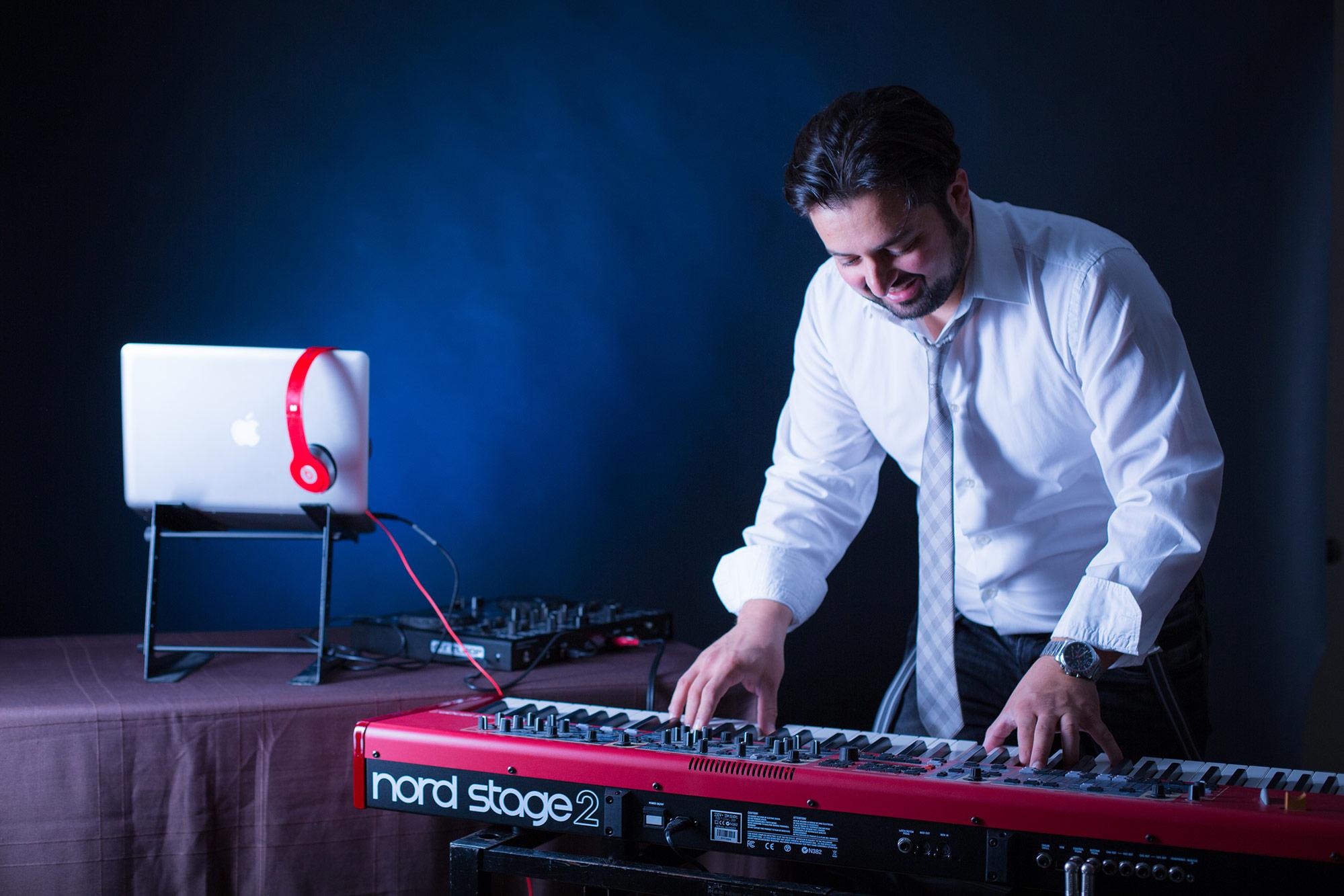 Pianist und DJ